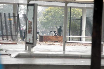Disturbios en la UN del 12 de octubre de 2006 (Foto: Unimedios)