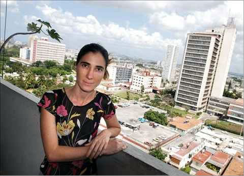 Yoani Sánchez, imagen tomada de cadal.org