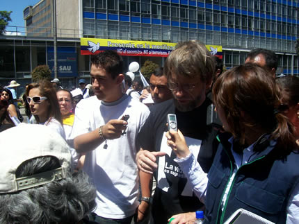 Antanas con los medios