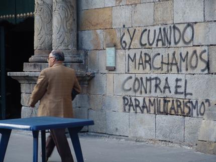 ¿Y cuándo marchamos contra el paramilitarismo?